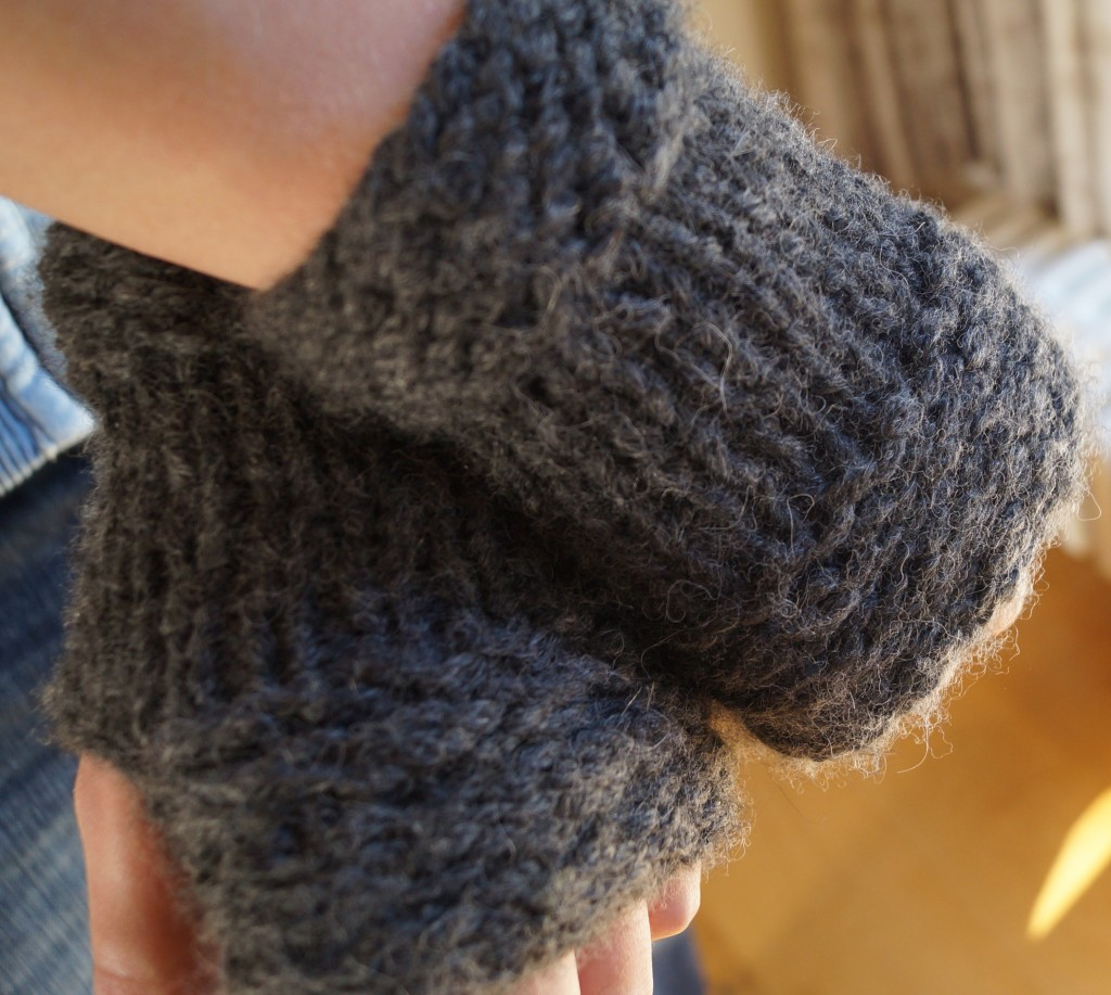 Free Knitting Patterns For Mittens In The Round : Joshs mittens - free knitting pattern Shortrounds