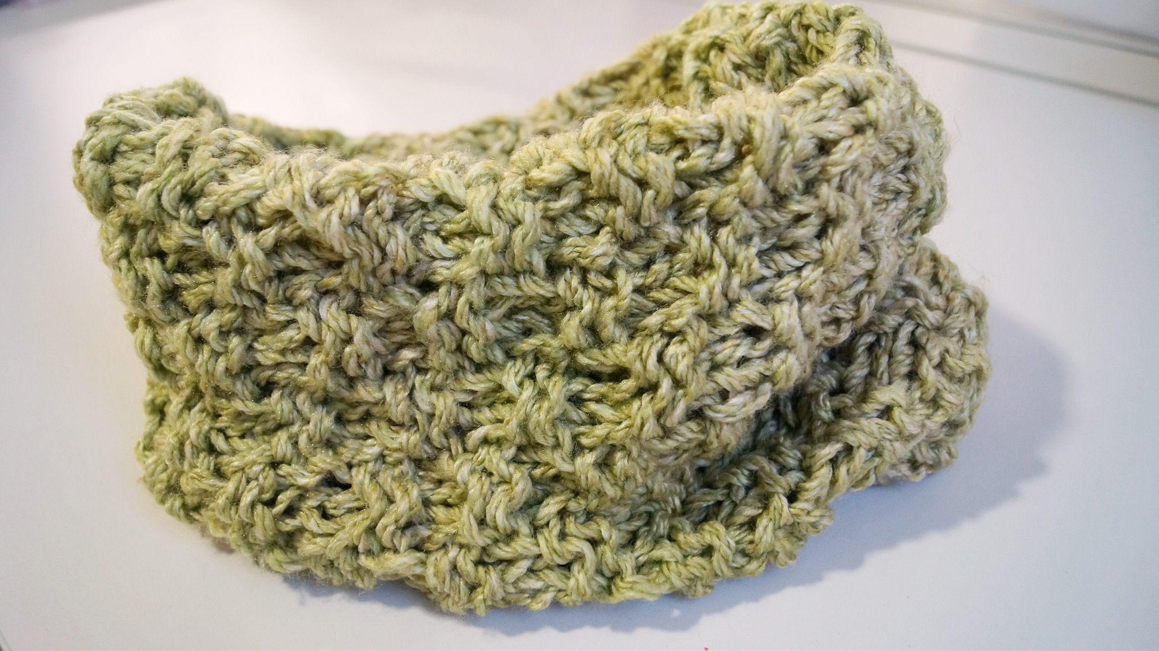 Seed stitch cowl and mittens - Shortrounds