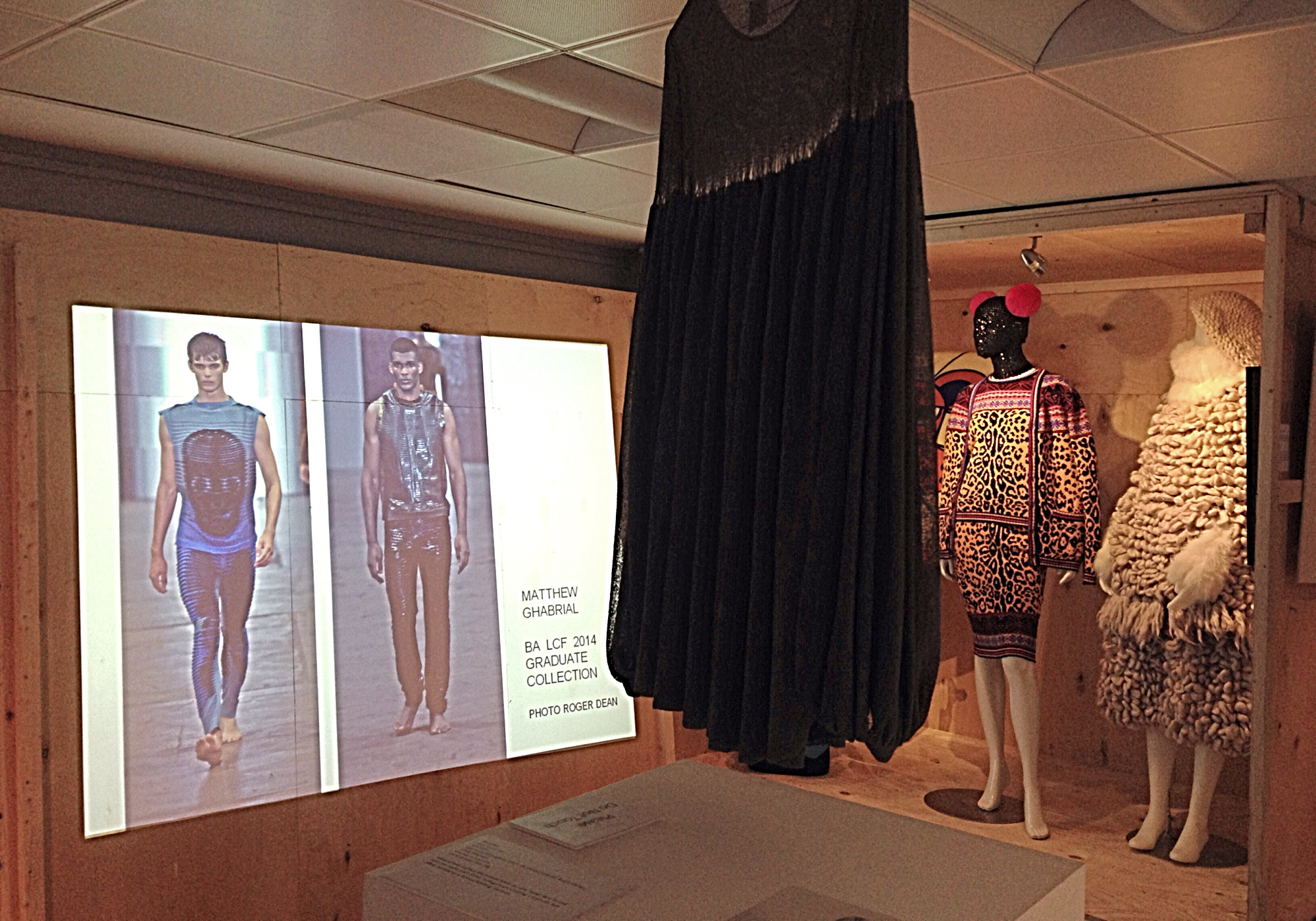 KNITWEAR Chanel to Westwood exhibition Shortrounds