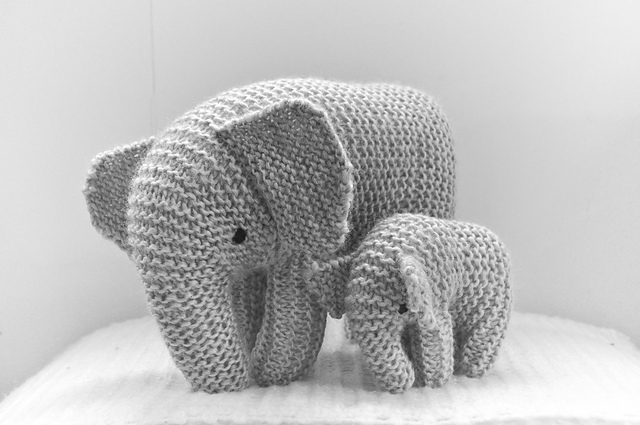 Easy Elephant Knitting Pattern : Five new patterns - baby knits Shortrounds