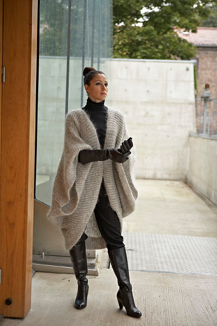 Mohair poncho - AW15 trends - Shortrounds Knitwear