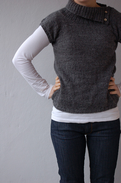 Plain and simple pullover - Shortrounds Knitwear