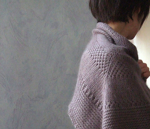 Textured shawl knitting pattern - Shortrounds Knitwear