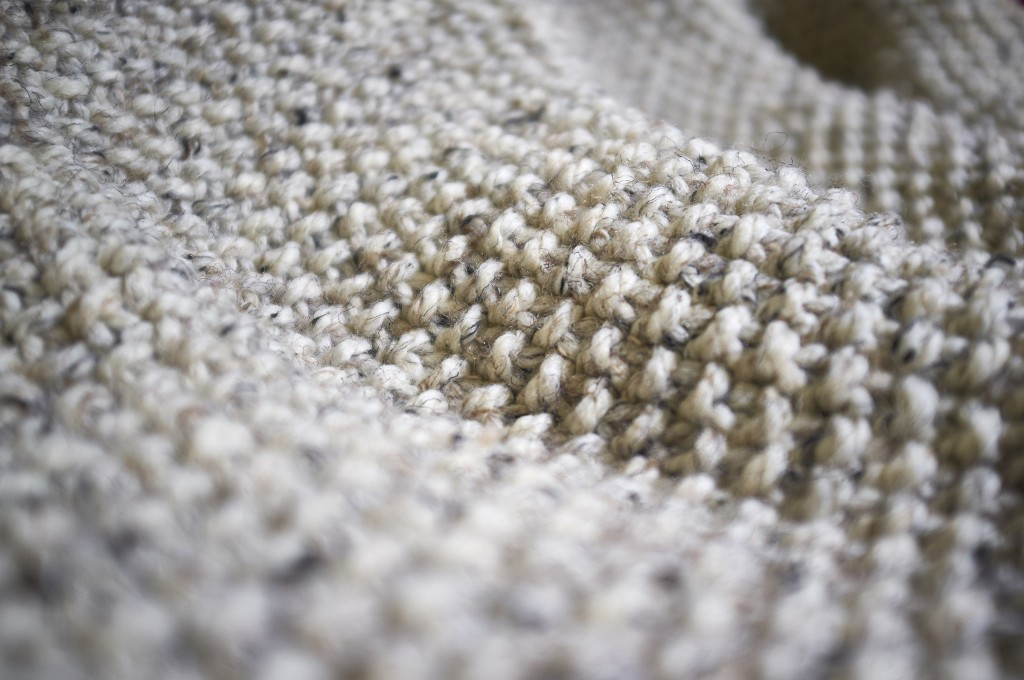 Snug Seed Stitch Blanket knitting pattern - Shortrounds Knitwear