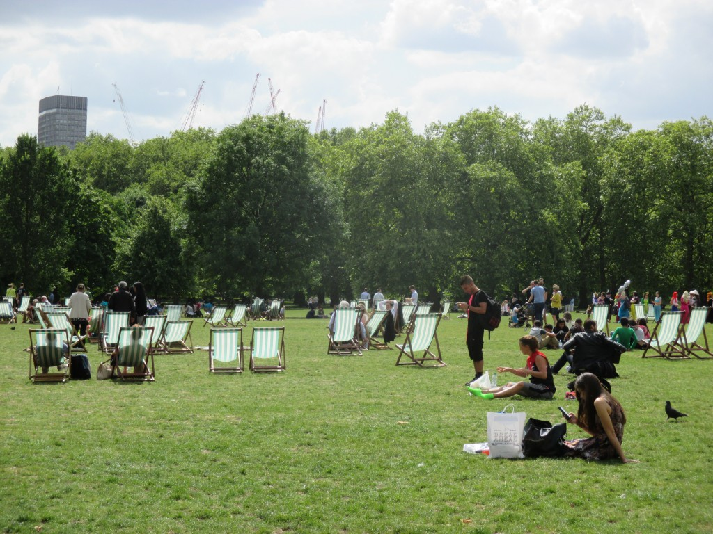 Park life in London - Shortrounds Knitwear