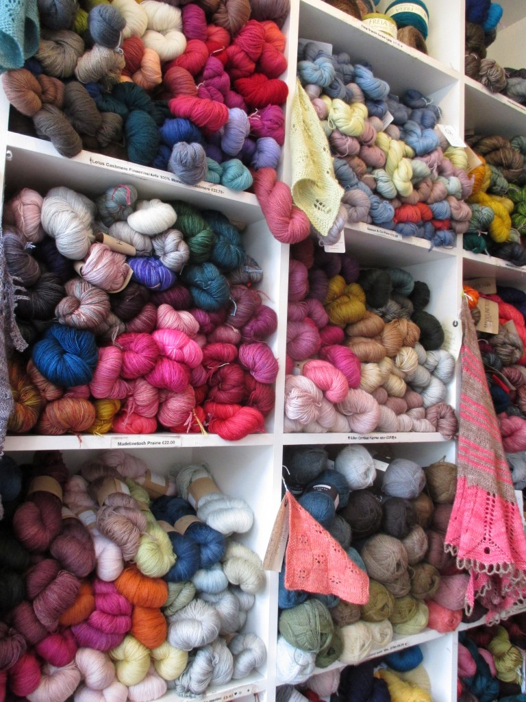 Hundreds of skeins @ Loop - Shortrounds Knitwear