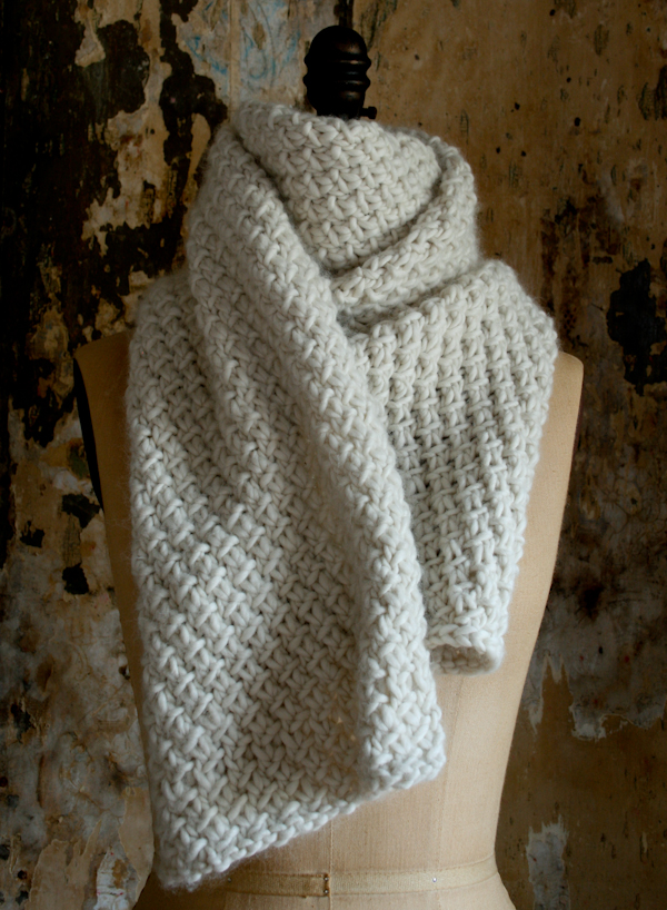 Super Soft Merino Snowflake Scarf by The Purl Bee - Shortrounds Knitwear
