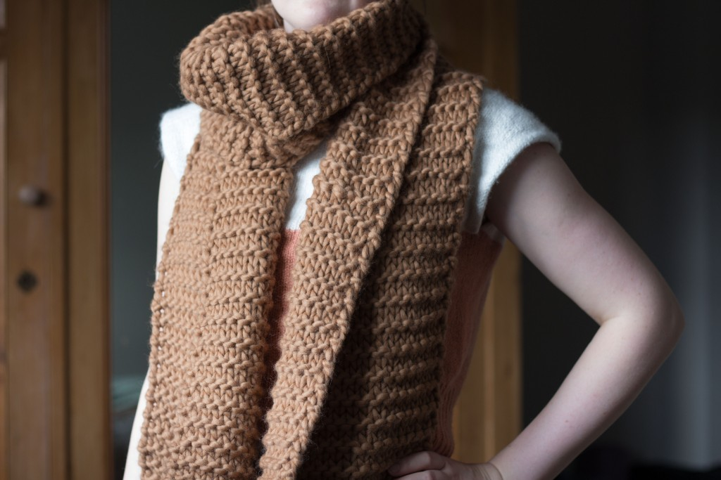 Ridgeway scarf wrap - free knitting pattern | Shortrounds