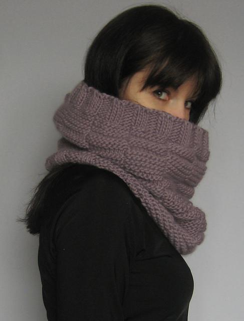 Cocoon cowl by Natalia Kolasa - Shortrounds Knitwear