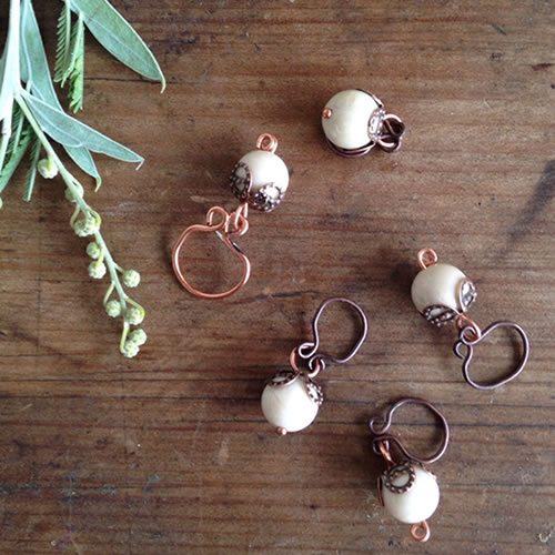 Copper berries stitch markers | Shortrounds Knitwear