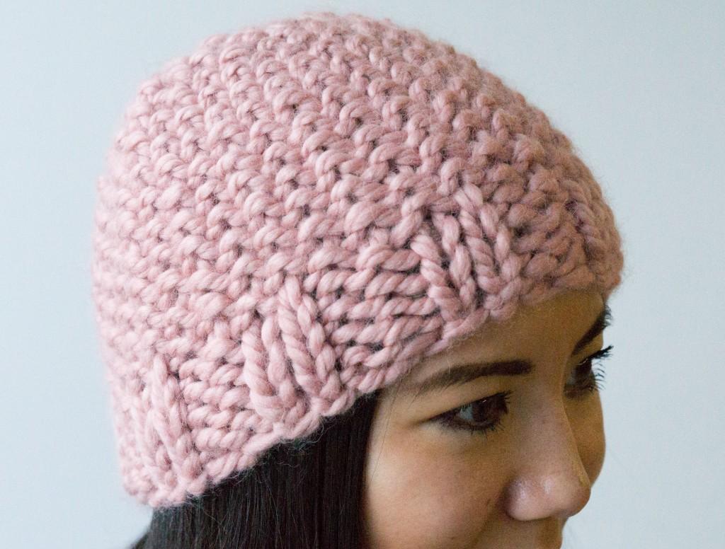 Ofinn linen hat knitting pattern | Shortrounds Knitwear