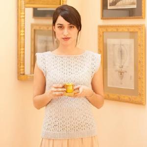 Lavina knitting pattern by Cecily Glowik MacDonald | Shortrounds Knitwear