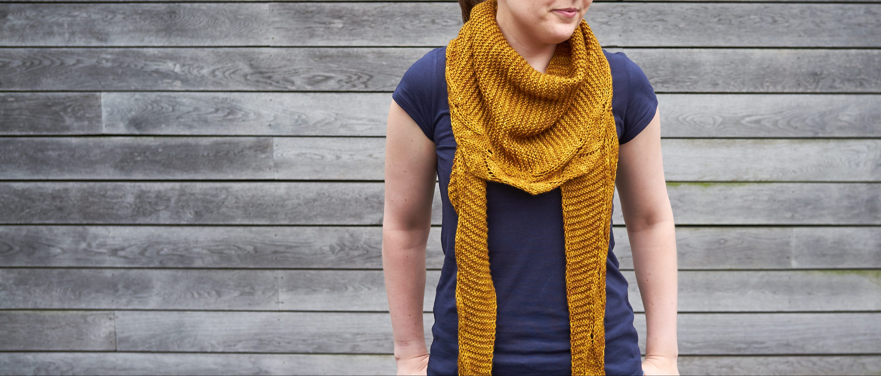 Curcuma Shawl knitting pattern | Shortrounds Knitwear