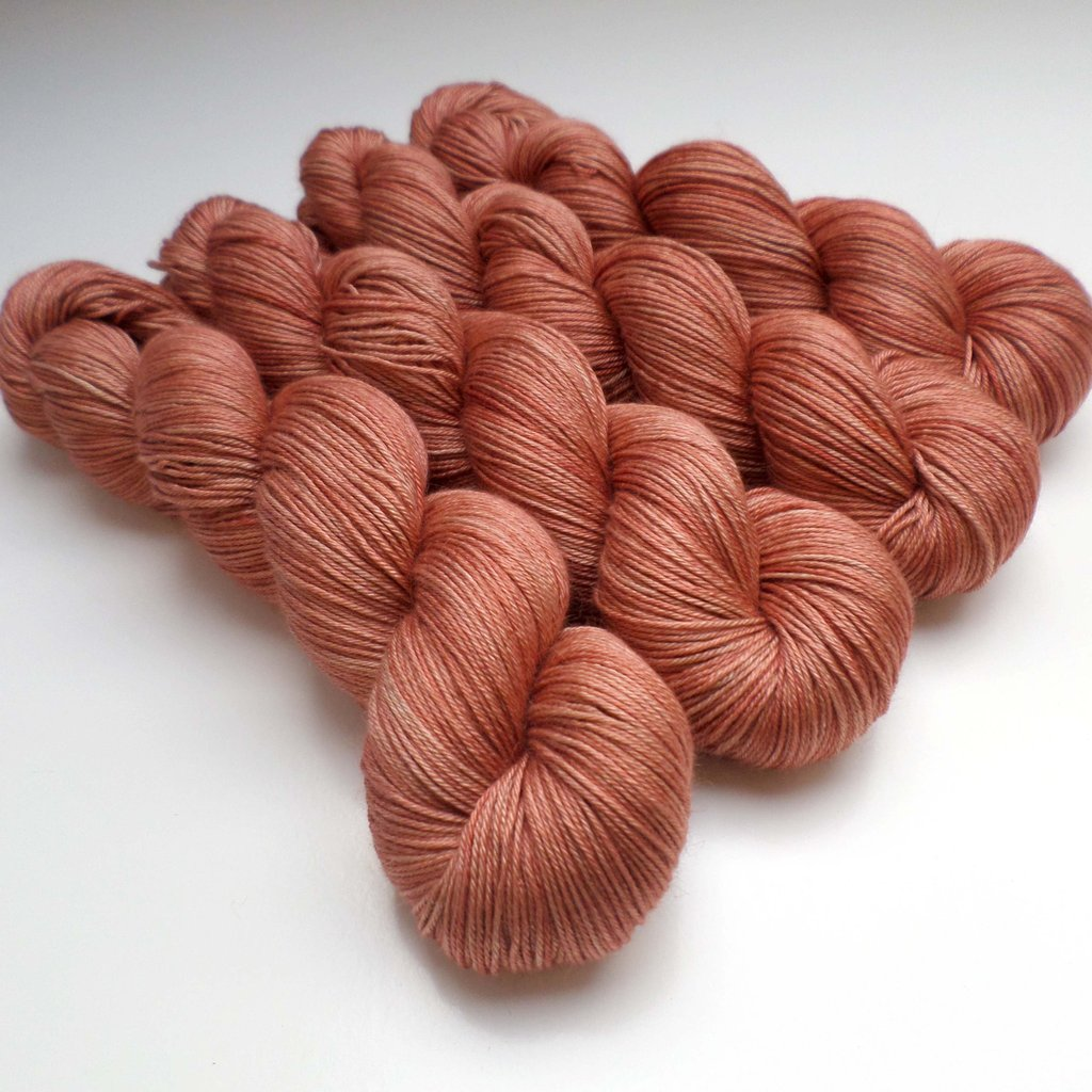 Skein Queen Yarns Oasis Grande in Papaya | Shortrounds Knitwear