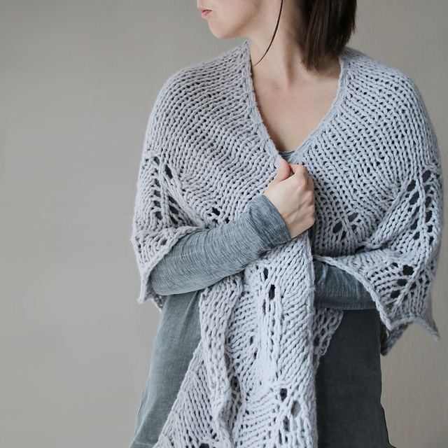 Melanie Berg Decemberist shawl | Shortrounds Knitwear
